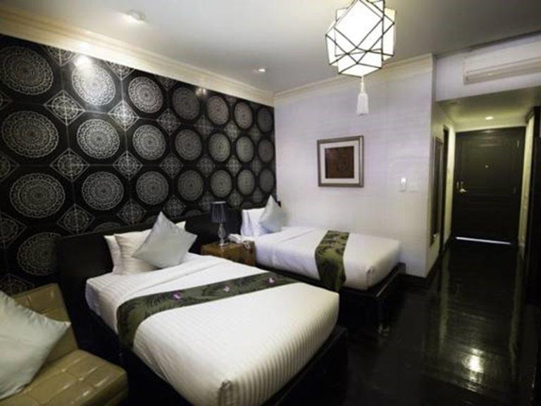 Tharaburi Resort : Deluxe Room